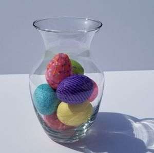 Decoupage Easter eggs in a vase choose your colors